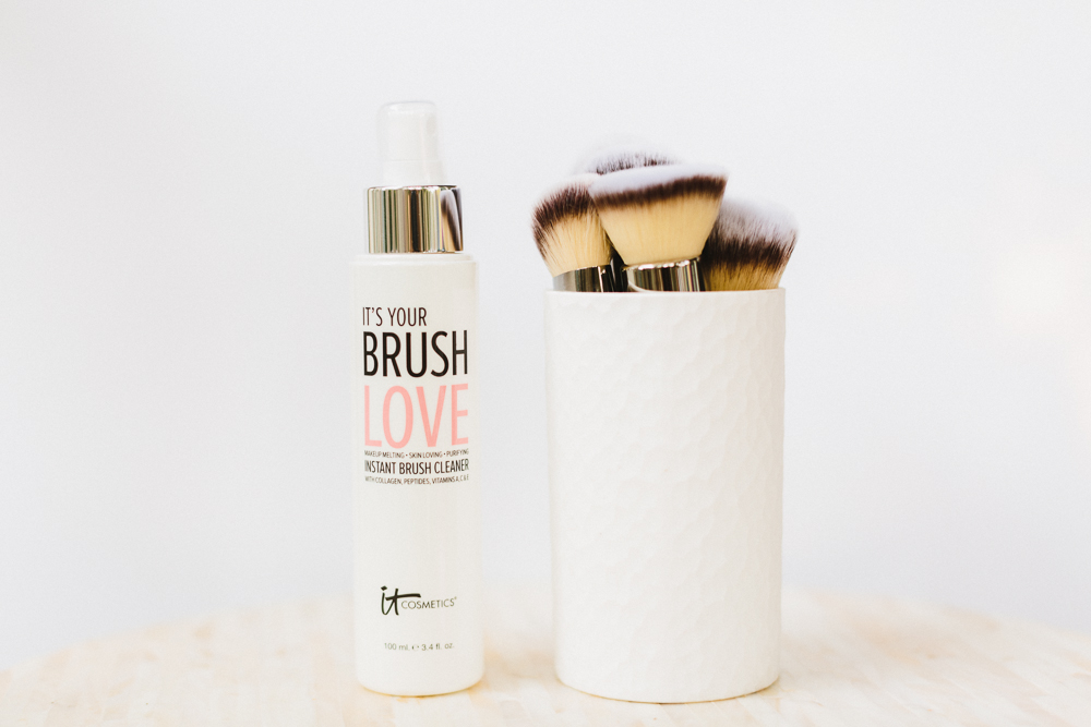 How to clean your makeup brushes - Politics of Pretty