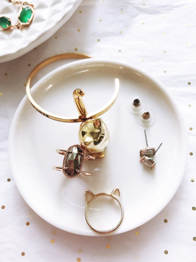 my dainty jewelry collection, kendra scott, necklaces, mantraband