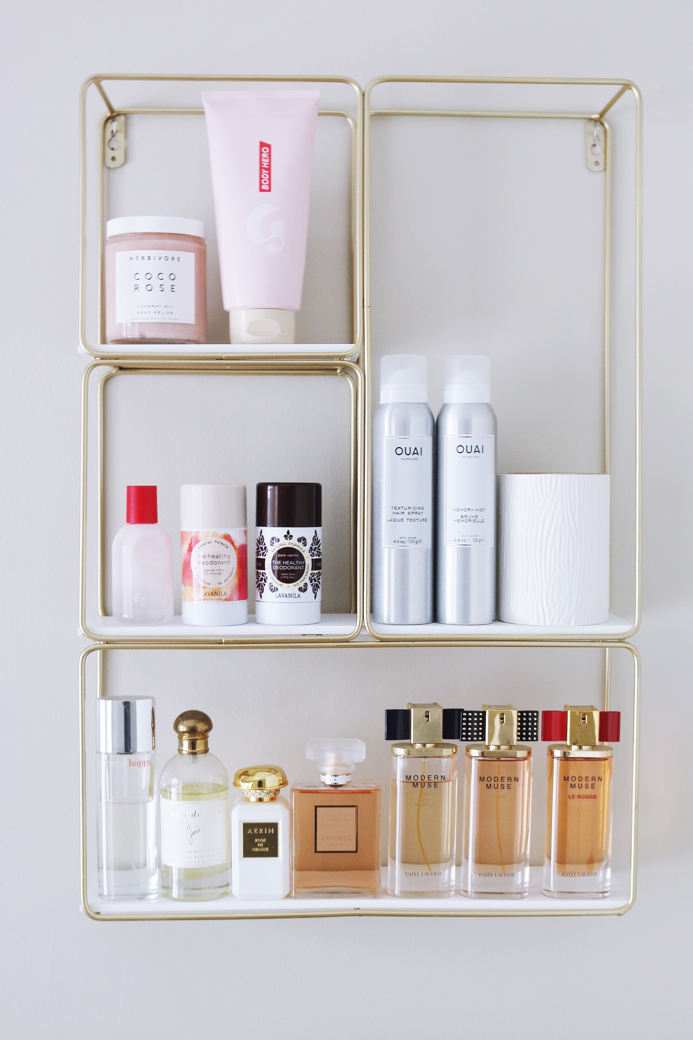 The best smelling beauty products: from traditional fragrances to body care.