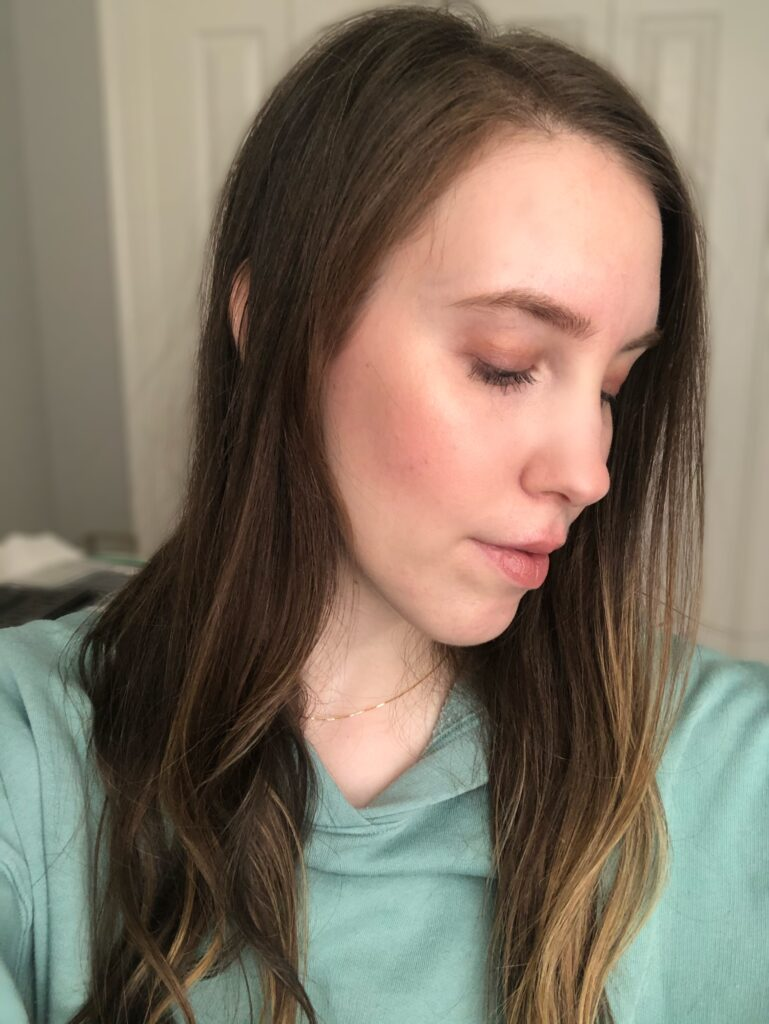 A glowy makeup look featuring Nudestix Magnetic Nude Glimmer